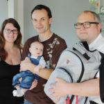 Manuela, Thomas und Baby Elias Kogelbauer